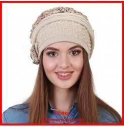 Демисезонная шапка Александра