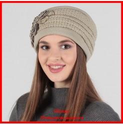 Демисезонная шапка Романтика 2