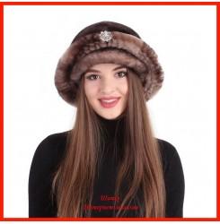 Меховая шляпка из мутона